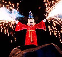 Sorcerer Mickey Fantasmic by zmayer