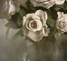 Antique Roses by AnnieSnel