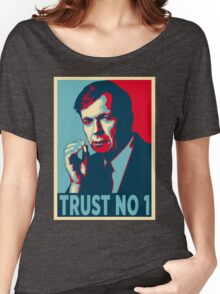 CIGARETTE SMOKING MAN TRUST NO 1 Women's Relaxed Fit T-Shirt