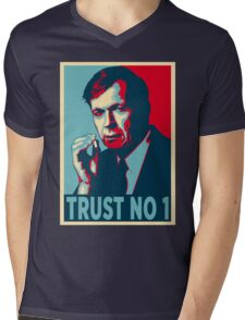 CIGARETTE SMOKING MAN TRUST NO 1 Mens V-Neck T-Shirt