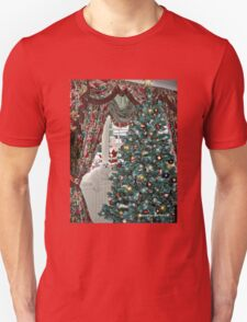 Snowdrop the Maltese - Christmas Morning T-Shirt