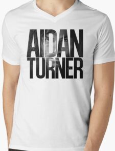 Aidan Turner Mens V-Neck T-Shirt