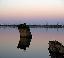 yarrawonga at dusk  by Max Lacey