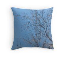 Tree reach Throw Pillow