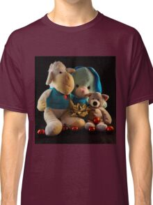 HUGS FOR CHRISTMAS Classic T-Shirt