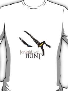 Tonight we HUNT - Rengar [white background] T-Shirt