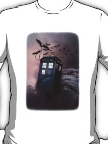 Flying Blue Box In Space Hoodie / T-shirt T-Shirt