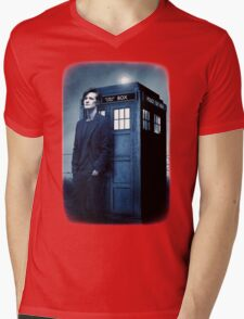 doctor smith tee Tardis Hoodie / T-shirt Mens V-Neck T-Shirt