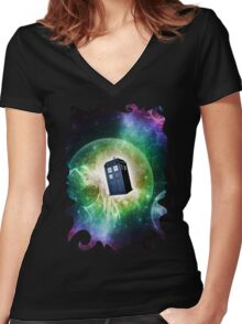 Universe Blue Box Tee The Doctor T-Shirt Women's Fitted V-Neck T-Shirt