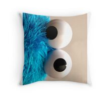 cookie eye fun Throw Pillow