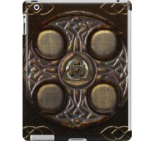 Celtic Cross Full Metal iPad Case/Skin