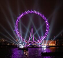 London Eye, New Year Eve (31st December 2007) by Anshuman Mukherjee