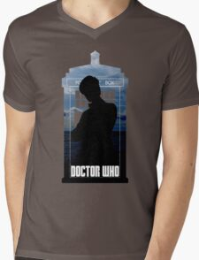 Dr. Who silhouette T-Shirt / Hoodie  Mens V-Neck T-Shirt