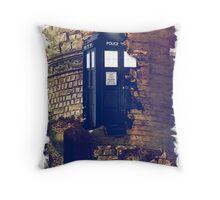 Call Box Geek T-Shirt / Hoodie Throw Pillow
