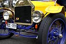Ford T, 1915  by Carole-Anne