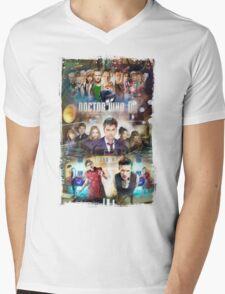 Tardis character T-Shirt Mens V-Neck T-Shirt
