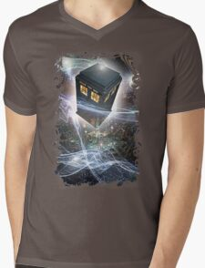 time lord blue box iPhone 6 plus cases Mens V-Neck T-Shirt