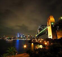 Sydney Harbour Bridge & Opera House by Bill Fonseca