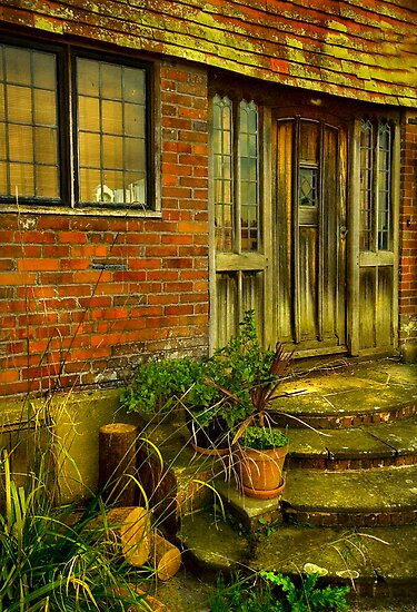 Steps to the manor by GlennRoger