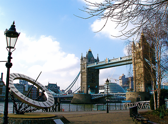 Tower Bridge, London by Andrew Dunwoody