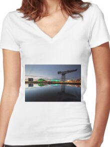 Glasgow River Clyde Reflection Women's Fitted V-Neck T-Shirt
