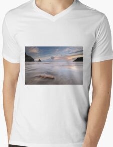 Talisker bay Sunset Mens V-Neck T-Shirt