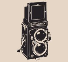 Camera: Rolleiflex by Djidiouf