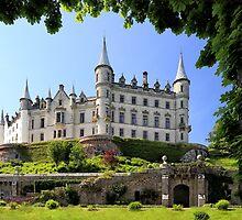 Dunrobin Castle by Grant Glendinning
