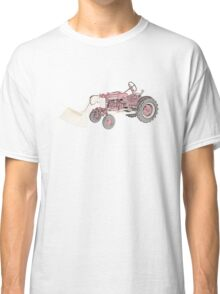 International Havester Farmall cub and loader Classic T-Shirt