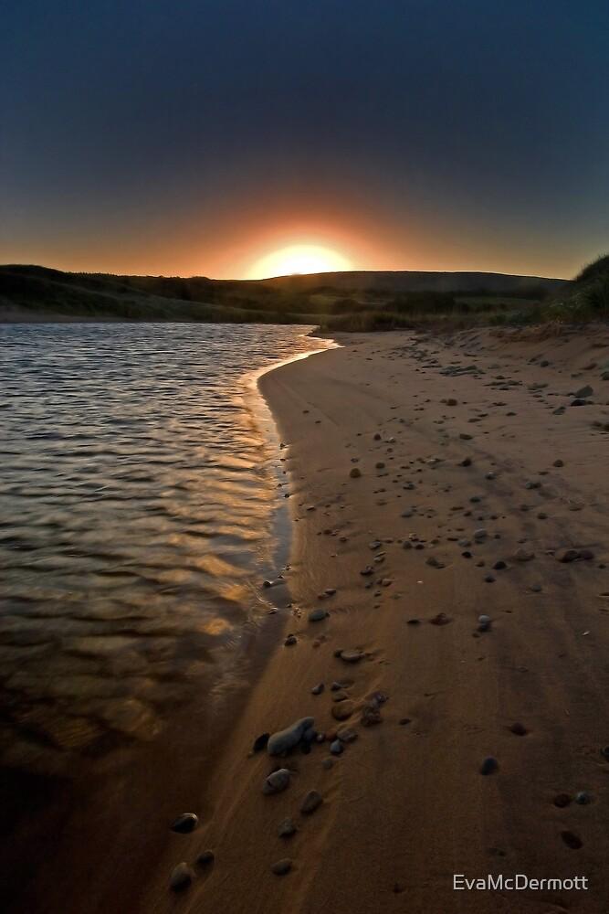 Sunrise on the Beach by EvaMcDermott