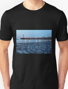 The Evening Lighthouse - Lovely photo of a lighthouse at dusk T-Shirt