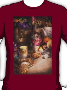 Tea Party - The magic of a tea party  T-Shirt