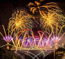 Fireworks on Clifton Suspension Bridge, Bristol by Robbie Labanowski