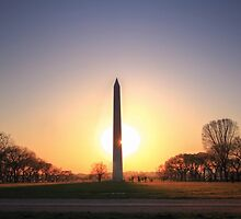 Setting Sun on Washington Monument by Shelley Neff