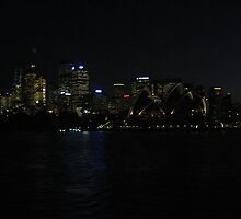 Opera House at Night by craigpeers9
