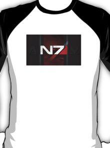 N7 sheild textured background T-Shirt