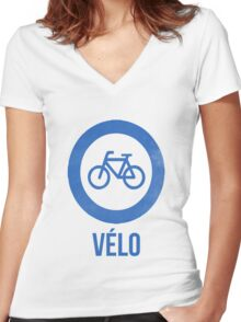 VÉLO II Women's Fitted V-Neck T-Shirt