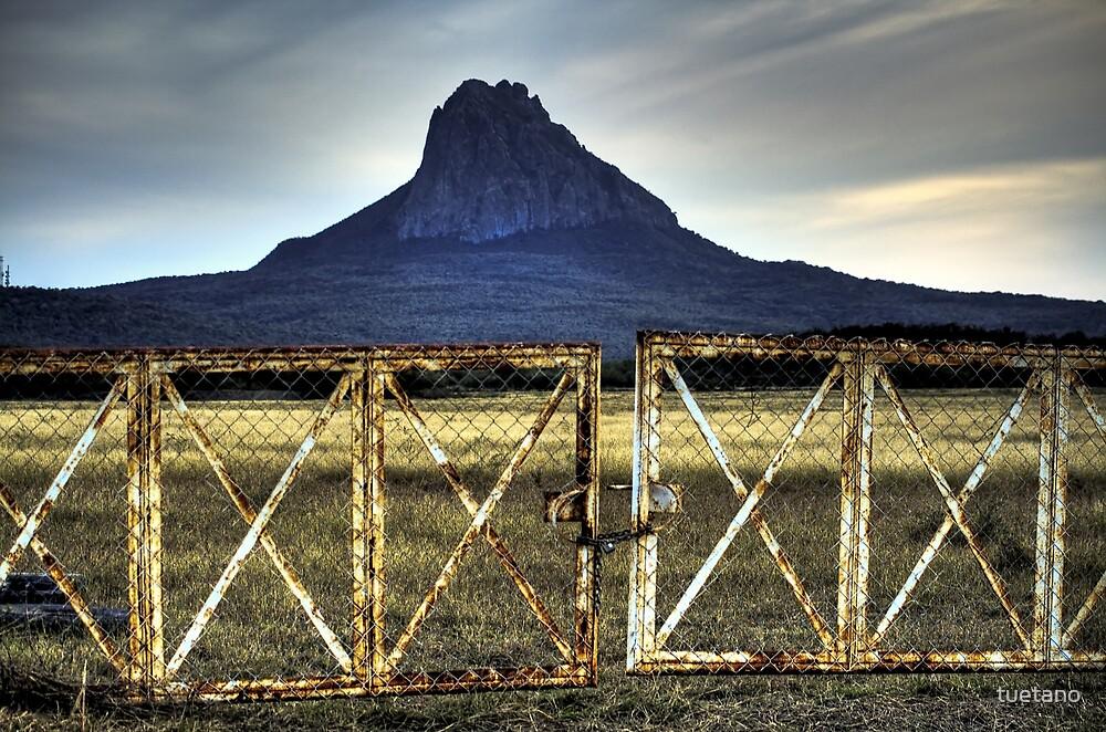 cerro del bernal by tuetano
