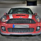 Mini Cooper S - straight on by Stefan Trenker