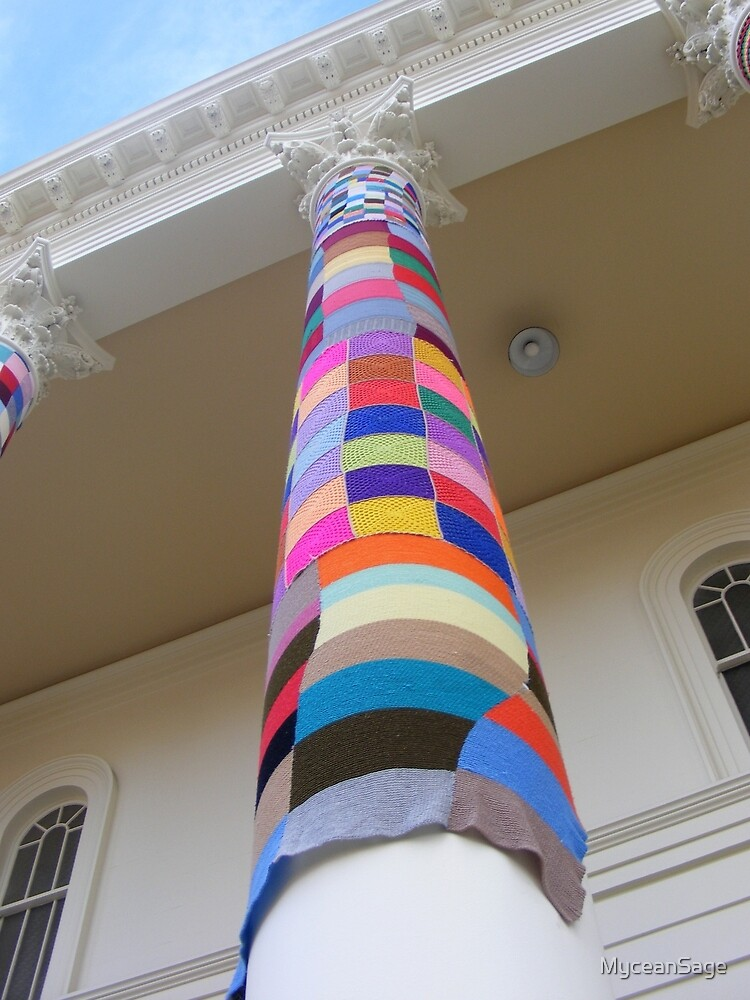 Cosy Columns 16 by MyceanSage