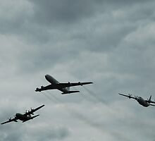 Formation Break: 707 + 2 Hercules by muz2142