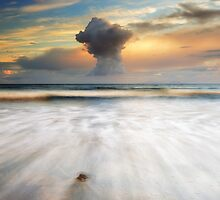 Talisker bay by Grant Glendinning