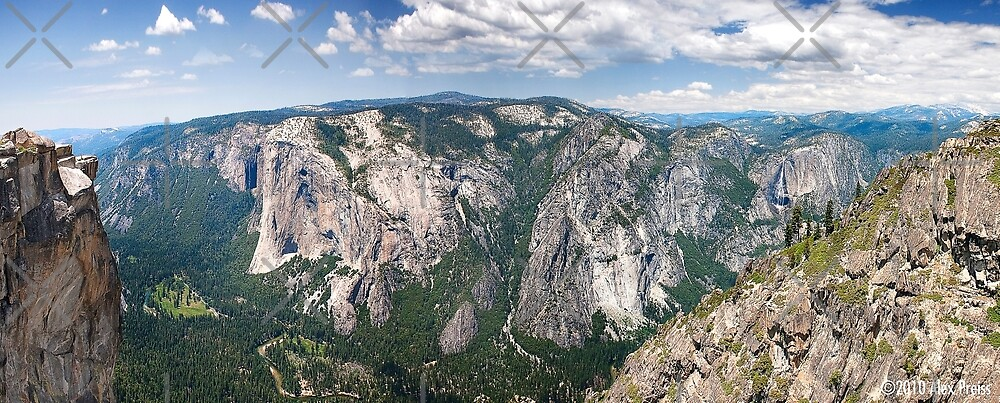 Yosemite Valley From Taft Point by Alex Preiss