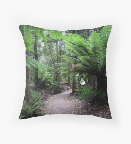 photoj Tas Liffy Falls Reserve Throw Pillow