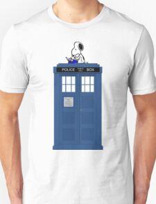 Snoopy on Tardis T-Shirt