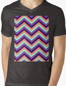 Retro Zig Zag Chevron Pattern Mens V-Neck T-Shirt