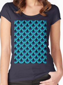 Pattern Retro Style Women's Fitted Scoop T-Shirt