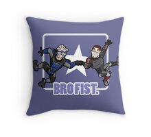 Bro's 4 life - Mass Effect Throw Pillow