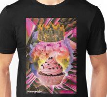 QUEEN CUPCAKE Unisex T-Shirt