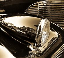 Chromed Beauty by Andreas Mueller